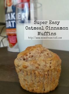 Easy Oatmeal Cinnamon Muffins Want a quick breakfast idea? These oatmeal cinnamon muffins are an incredibly delicious treat for kids, and super easy to make. - Easy Oatmeal Cinnamon Muffins - Mama Knows It All Breakfast And Brunch, Breakfast Dishes, Breakfast Recipes, Dessert Recipes, Easy Breakfast Muffins, Healthy Oatmeal Breakfast, Easy Desserts, Cinnamon Oatmeal, Banana Oatmeal Muffins