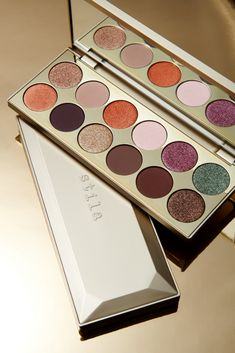 Our NEW After Hours Eye Shadow Palette has 12 luxe matte & shimmer shades in neutral tones with a few pops of rich saturated color🤩 Perfect… Smokey Eye Palette, Neutral Eyeshadow Palette, New Eyeshadow Palettes, Makeup Palette, Eyeshadow Pallettes, It Cosmetics, Makeup Dupes, Beauty Makeup, Eye Makeup