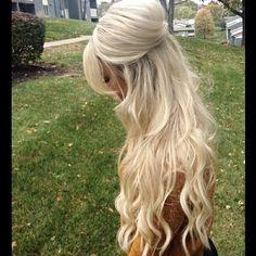Kennedy Thompson half up bouffant hair #bighair #volume