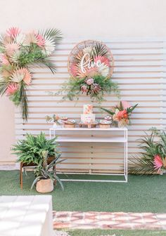 Floral Bohemian Birthday Party I want to show you today a birthday theme that I personally loved, it's very simple and I think it's ideal for when you go Flamingo Party, Flamingo Birthday, Bohemian Birthday Party, Moana Birthday Party, 5th Birthday, Prince Birthday, Bohemian Party, Birthday Parties, Birthday Party Decorations Diy