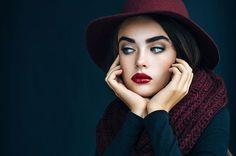 Stock Photo : Beautiful girl wearing hat