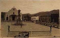 Rarisima Tarjeta Postal Fotografica Puerto Rico 1910s Vista Plaza de Mayagüez (Auto de Epoca, Iglesia y Mon. Colon)