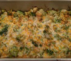 Chicken and Broccoli Cheesy Casserole - Susan Recipes Broccoli Cheese Casserole, Broccoli And Cheese, Chicken Casserole, Cinnamon Recipes, Baking Recipes, Keto Recipes, Appetizer Recipes, Cake Recipes, Veggie Dishes
