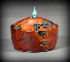Manzanita Burl keepsake box with turquoise inlay, by New England woodturner Ray Asselin. At Bowlwood.com.