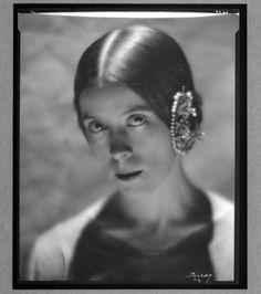 Martha Graham by N. Martha Graham, Dance Photography, Portrait Photography, Nickolas Muray, Dance Movies, Perfect Music, Best Portraits, Modern Dance, Pittsburgh