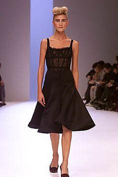 Givenchy Spring 2001 Ready-to-Wear Fashion Show - Alexander McQueen, Kathrin Seitz