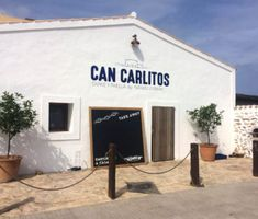 Pictures – Can Carlitos Formentera Ibiza Formentera, Guide Book, Tapas, Restaurant, Canning, Outdoor Decor, Travelling, Pictures, Home Decor