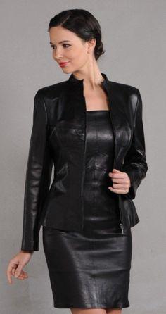 Leather Ladies : Photo