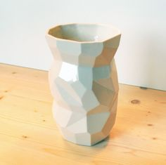 Poligon Vase by Studio Lorier made in The Netherlands on CrowdyHouse