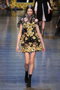 Dolce & Gabbana..it reminds me of McQueen, actually.
