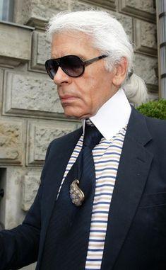 Karl Lagerfeld...HI KARL I WANT MORE PICS OF YOU I THINK I WILL PIN STALK YOU ,.GORGEOUS