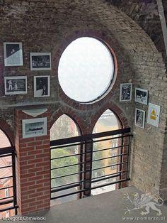 Świnoujście. Wnętrze wieży kościoła pw. Marcina Lutra. Stan z 14 września 2014 roku.