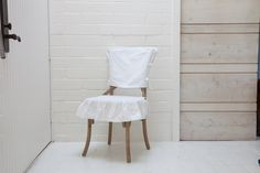 cinderella going to the ball, (august chair) from www.rachelashwellshabbychiccouture.com