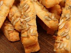 Savory Snacks, Snack Recipes, Apple Pie, Chips, Food, Snack Mix Recipes, Appetizer Recipes, Potato Chip, Essen