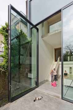 © Luc Roymans Polished concrete inside and the outside terrace on the same level.