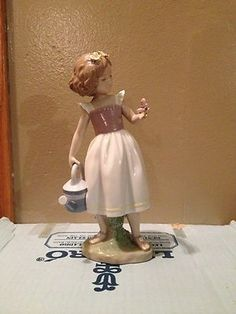 """lladro figurine """"good morning butterfly 8520"""""""