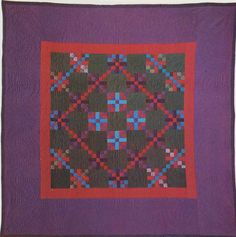 Center Diamond, Lancaster Co, Pennsylvania. Amische Quilts, Pink Quilts, Antique Quilts, Vintage Quilts, Amish Quilt Patterns, Amish Culture, Beginning Quilting, Quilt Display, Traditional Quilts