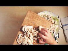 Μανιταρόπιτα με σπιτικό φύλλο | alevri.com Youtube, Youtubers, Youtube Movies