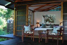 By Makakatana Bay Lodge, Mtubatuba: http://www.lekkeslaap.co.za/akkommodasie/makakatana-bay-lodge