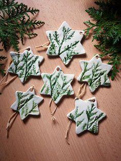 Baumschmuck: Sonstige - Sterne Keramik- Anhänger (hell- tranzparent) - ein Designerstück von Maerchenwelten-aus-Ton bei DaWanda