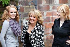 Emily, Pam, Sarah- Toni Lynn Photography #aliciasbridal #laughing #staffphoto #candid