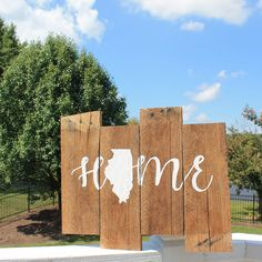 Illinois Home Reclaimed Wood Sign, Home State Sign, Rustic Illinois Sign, Illinois Home Sweet Home, Hand Painted Rustic Sign by CKwoodCo on Etsy https://www.etsy.com/listing/537535736/illinois-home-reclaimed-wood-sign-home