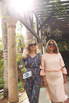 Hoy os enseño un shooting muy bonito con mi madre, donde os cuento mi relación con ella. Las dos vestimos total look de El Corte Inglés con toda la info de las prendas en el blog! http://www.myshowroomblog.es/looks/noche/looks-para-celebrar-el-dia-de-la-madre/