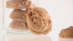 Giada De Laurentiis - Double Ginger Cookies made jan 20 2014 for the girls at the pool. Cookie Recipes, Snack Recipes, Dessert Recipes, No Bake Desserts, Delicious Desserts, Giada At Home, Giada Recipes, Giada De Laurentiis, Ginger Cookies