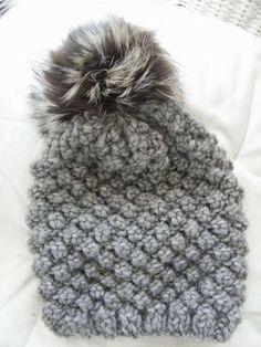 Cappelli di lana per bambini ai ferri - Cappello con pon pon 4fab8d8cfb07