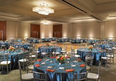 Wedding receptions are a perfect fit for our largest event space, the California Ballroom. Holding up to 600 guests this modern and elegant space is great for large weddings and events!