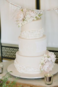 Photography: Michelle Lange   loveandbemarried.com Floral Design: Karma Flowers    www.karmaflowers.com/index2.php Cake: Pink Cake Box   www.pinkcakebox.com Venue: Lake Mohawk Golf Course   lakemohawkgolfclub.com/   View more: http://stylemepretty.com/vault/gallery/23018