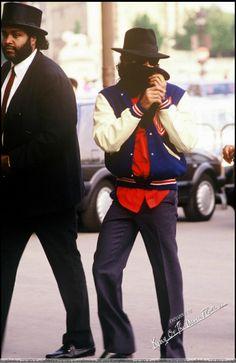 Michael Jackson - Divinity with Mask ღ @carlamartinsmj