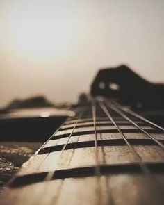 Best Video Song, Best Love Songs, Music Video Song, Cool Music Videos, City Aesthetic, Aesthetic Movies, Aesthetic Photography Nature, Nature Photography, Guitar Chords For Songs