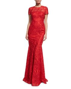 TC9Y7 David Meister Short-Sleeve Lace Mermaid Gown