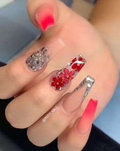 In look for some nail designs and some ideas for your nails? Here's our listing of must-try coffin acrylic nails for trendy women. Acrylic Nails Natural, Red Acrylic Nails, Summer Acrylic Nails, Acrylic Nail Designs, Red Ombre Nails, Pastel Nails, Coffin Nails Designs Summer, Nagel Bling, Fire Nails