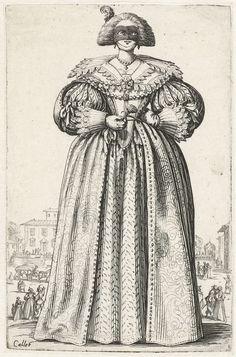 Jacques Callot | La Noblesse de Lorraine (The Nobility of Lorraine), Jacques Callot, 1620 - 1623 | Staande dame, van voren gezien, gekleed in een jurk met brede kraag, een masker voor het gezicht, een bloem in de hand. Op de achtergrond figuurtjes en een koets bij het bordes van een villa en een kussend paar. Deze prent is onderdeel van een serie van 12 prenten met edellieden in kostuums die gedragen werden in Lotharingen in het eerste kwart van de 17e eeuw; de helft van de serie betreft…