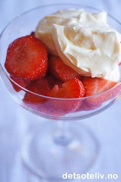 Jordbær med mascarponekrem | Det søte liv