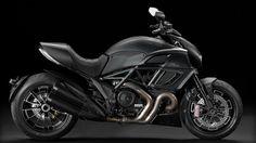 Resenha de motos: Ducati apresenta a nova Diavel na concessionária e...