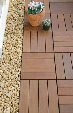 34 New Ideas for patio deck tiles front porches Deck Over Concrete, Diy Concrete Patio, Concrete Patio Designs, Patio Tiles, Outdoor Tiles, Diy Patio, Backyard Patio, Outdoor Decking, Ipe Decking