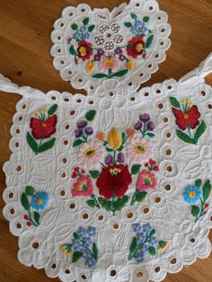 Items similar to Antique this unique pinafore handmade embroidery Hungarian Kalocsa on Etsy