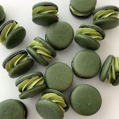 Mint Green Aesthetic, Aesthetic Colors, Aesthetic Food, Aesthetic Dark, Macarons, Green Theme, Green Colors, Green Wallpaper, Greens Recipe