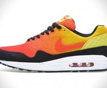 Nike Air Max Sunset Sneaker Pack
