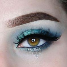Makeup Inspo, Makeup Inspiration, Beauty Makeup, Hair Makeup, Makeup Ideas, Beauty Tips, Hazel Eye Makeup, Blue Eye Makeup, Makeup For Brown Eyes
