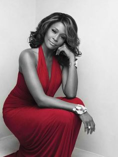 Whitney Houston  a beautiful woman who was a great singer why did she have to go #iwillalwaysloveyou.