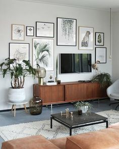 Home Sweet Home: These Are the Biggest Home Décor Trends of 2019 . New Living Room, My New Room, Home And Living, Living Room Decor, Small Living, Modern Living, Living Room Inspiration, Home Decor Inspiration, Decor Ideas