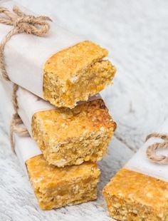 Apricot and Coconut Oat Bars - DeliciouslyElla