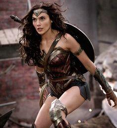 New image of Gal Gadot on the set of Batman v Superman Photography: Clay Enos