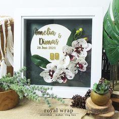 "11 Suka, 0 Komentar - Penyewaan Tray & Hias Hantaran (@seserahandepok_royalwrap) di Instagram: "". Mahar : Amelia dan Dimas #royalwrap #seserahan #seserahandepok #seserahanbogor #seserahanjakarta…"" Amelia, Wreaths, Box, Instagram, Home Decor, Snare Drum, Decoration Home, Door Wreaths, Room Decor"