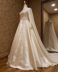 Muslimah Wedding Dress, Muslim Wedding Dresses, Wedding Dress Sleeves, Dream Wedding Dresses, Bridal Dresses, Wedding Gowns, Beautiful Dress Designs, Stylish Dress Designs, Stylish Dresses