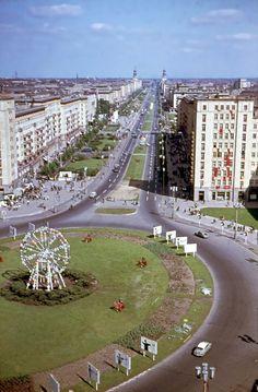 1964 Ost-Berlin - Strausberger Platz und Karl-Marx-Allee ☺